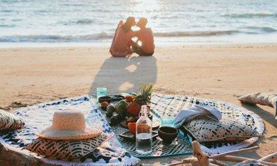 Turtle Island Fiji beach picnic