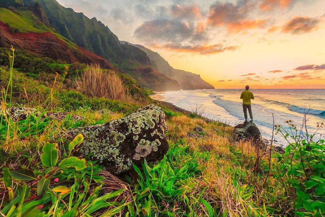 Hawaii vs Bahamas: Idyllic Destinations Compared